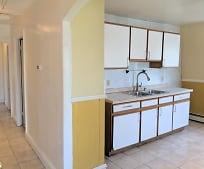 Kitchen, 114 Vinton St