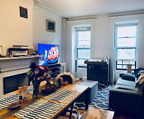 Living Room, 668 10th St