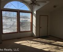 Building, 259 Blakeland Dr