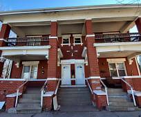 Building, 2625 E 10th St