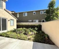 433 W Bagnall St, Glendora High School, Glendora, CA