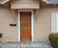 Building, 641 9th St SE