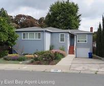 559 Fern Ave, Pinole, CA