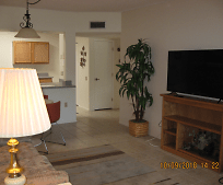 Living Room, 1442 De Nada