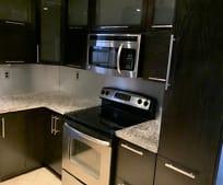 Bathroom, 550 SW 115th Ave
