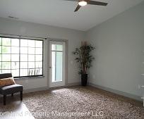 Living Room, 621 Riverine Dr