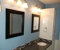 Bathroom, 708 Chaucer Cove