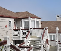 741 Pointe Pacific Dr, Daly City, CA