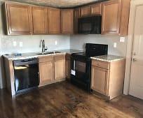 Kitchen, 705 W Middle St