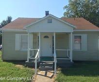 1212 E Stoddard St, Bloomfield, MO