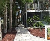 5043 N Beach Rd, Englewood, FL