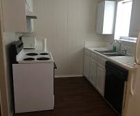 Kitchen, 2122 7th St