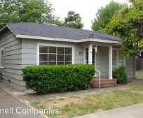 953 South St, Redding, CA