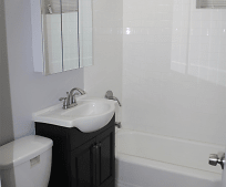 Bathroom, 15 Carpenter St