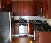 Kitchen, 2249 W Adams St