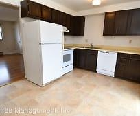 Kitchen, 301 NW Tumlin Ave