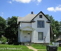 1802 Franklin St, Cedar Falls, IA
