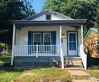 416 Milton St, Lakeside, VA
