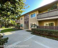 12200 Montecito Rd, Seal Beach, CA