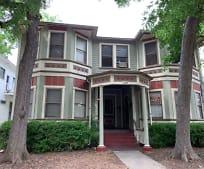 Building, 125 Adams St
