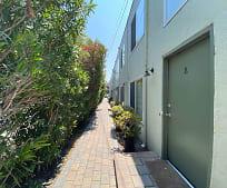 3801 Maybelle Ave 5, Upper Laurel, Oakland, CA