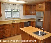 Kitchen, 40789 Oregon Trail