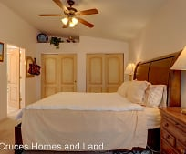 701 Indian Hollow Rd, Las Cruces, NM