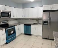 Kitchen, 13300 NE 10th Ave