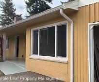 13746 Roosevelt Way N, Haller Lake, Seattle, WA