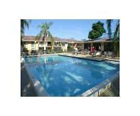 5805 Washington St, Carver Ranches, FL