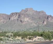 2872 E Siesta St, Apache Junction, AZ