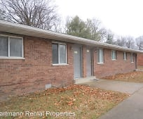 840 Patty Dr, Maryville, IL