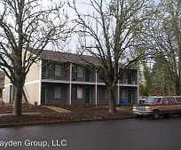 573 SE Walnut St, Hillsboro, OR
