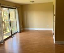 Living Room, 2947 Meadowbrook Dr