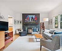 5 Rockhill Terrace, Larchmont, NY