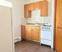 Kitchen, 15403 Puritas Ave