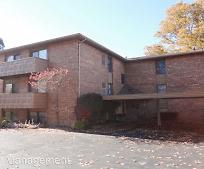 181 Maplewood Dr, Cortland, OH