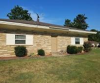 Building, 25100 US-64