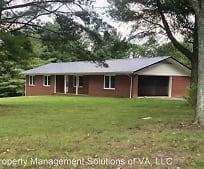 303 Edmonds Rd, Lowgap, NC