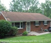 Building, 4821 Crestview Cir