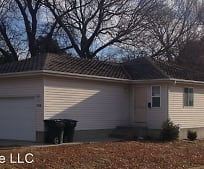 960 N 42nd St, East Campus, Lincoln, NE