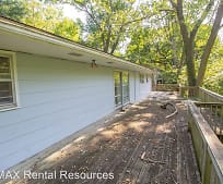 715 Bluffdale Dr, Columbia, MO