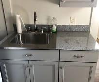 Kitchen, 122 E New St