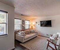 Living Room, 1423 E Breckinridge St