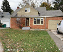 16017 Grant Ave, Maple Heights, OH