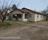 709 Rencher St, Clovis, NM