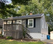4939 Rose Ave, Westmont, IL