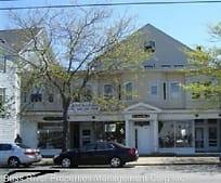 211 Main St, Barnstable, MA