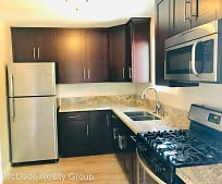 Kitchen, 2812 Franklin Ave