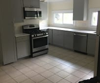 28 Orchard St, Revere, MA